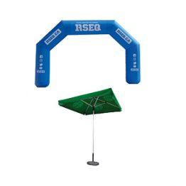 Arches gonflables et parasols